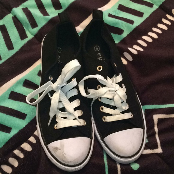Epicstep Black And White Converse Look